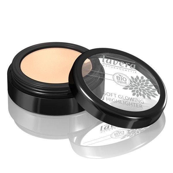 L'illuminateur ou Soft glowing highlighter Lavera apporte une touche de lumière à vos yeux et à vos joues.