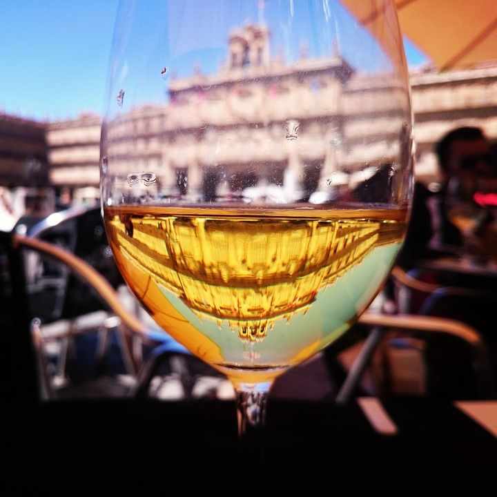 Te espero tomando #vino #VinoDiamante No tardes. http://tienda.bottleandcan.es/es/rioja/677-vino-diamante-blanco-joven-75-cl.html  #Toro #Jumilla #RiberaDelDuero #Rioja #beer #craftbeer #vinos #wine #winelover #winery #bodega #viñedo #vineyard #uva #grapes #tiendaonline #gourmet #bottleandcan #granada #andalucía #españa #spain #sidra #cider #singluten #glutenfree  http://tienda.bottleandcan.com/es/  ☕🍴🍎🍉 📞 +34 958 08 20 69 📲 +34 656 66 22 70