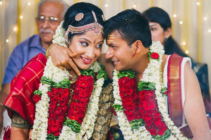 😉You are mine! Photo by Deepa Netto, Mumbai #weddingnet #wedding #india #indian #indianwedding #weddingdresses #ceremony #realwedding #weddingoutfits #outfits #bride #groom #photoshoot #photoset #hindu #photographer #photography #inspiration #sweet #cute #gorgeous #fabulous #beautiful #magnificient #love #traditions #lehenga #lehengacholi #choli #lehengawedding #lehengasaree #saree #bridalsaree #weddingsaree