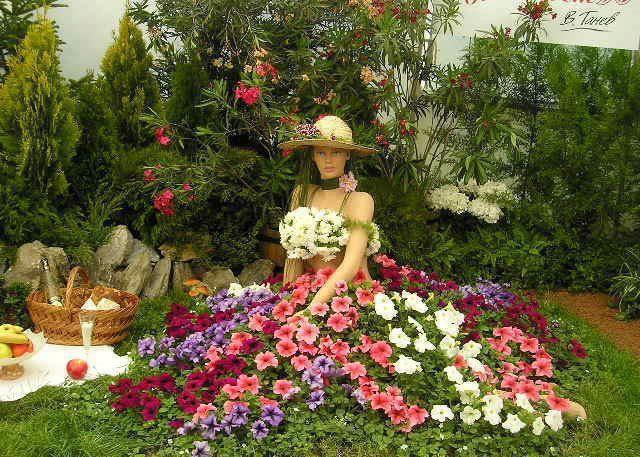 Umetnost od cveća - Page 9 16aaef9ddf9be215e4804c6c8c6fc279