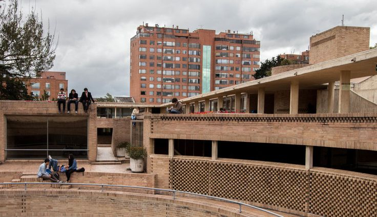 Facultad de Ciencias Humanas de la Universidad Nacional de Colombia, Bogotá | Arq. Rogelio Salmona 1995 9