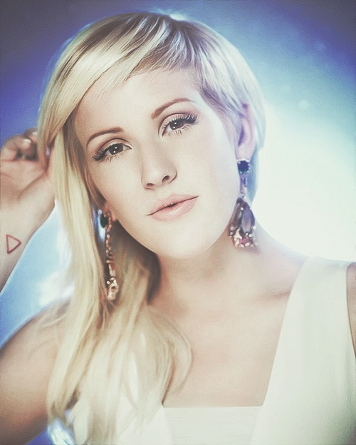 Ellie is so unbelievably beautiful! I love her with all my heart <3