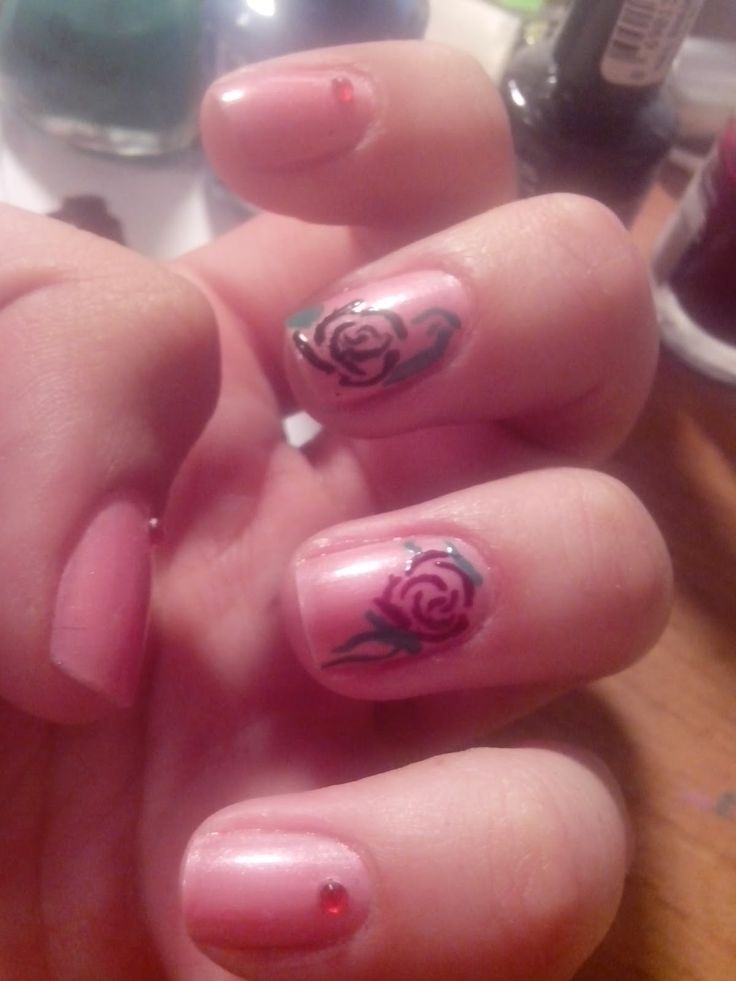 Rose nails ~ Universe Of M