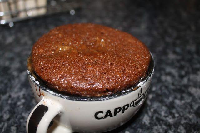 Molasses cake in a mug!