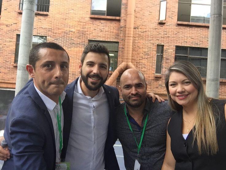Con nuestros grandes amigos y hermanos José Mario López y Adriana Arenas en el V Congreso Internacional Mercadeo sobre Marketing Territorial celebrado en Institución Universitaria Esumer Medellin