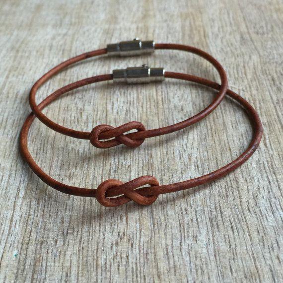 Paar Armbänder magnetische Edelstahl faltet braun von Fanfarria