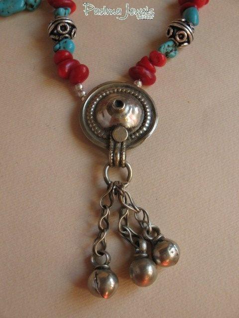 Campanelli  corallo, turchese, argento indiano Kuchi pendant by PadmaJewels, via Flickr