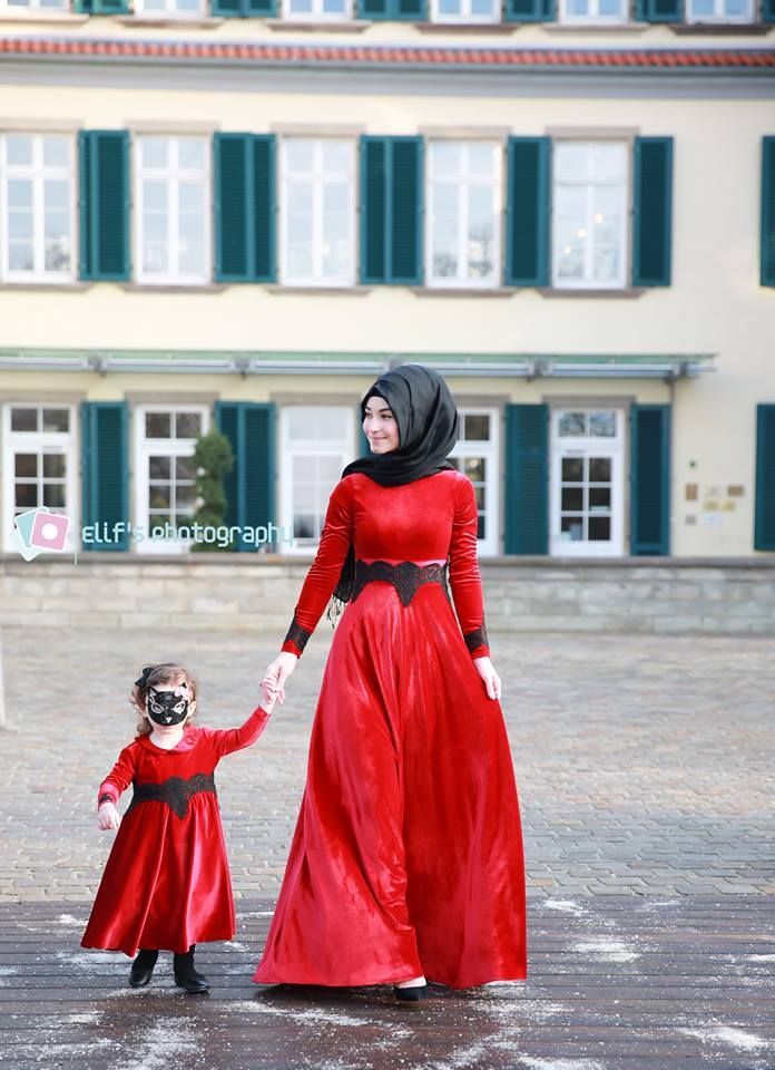 Red+Velvet=WoW..Hijab is my diamond