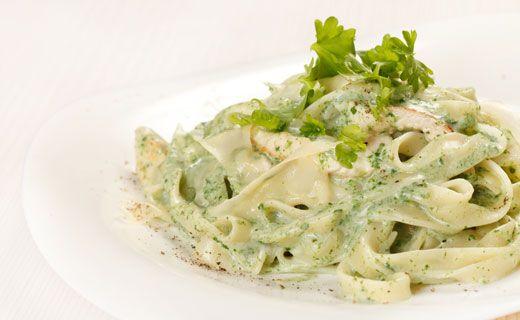 Epicure's Creamy Alfredo Pesto Sauce  (Copyright © Epicure Selections)
