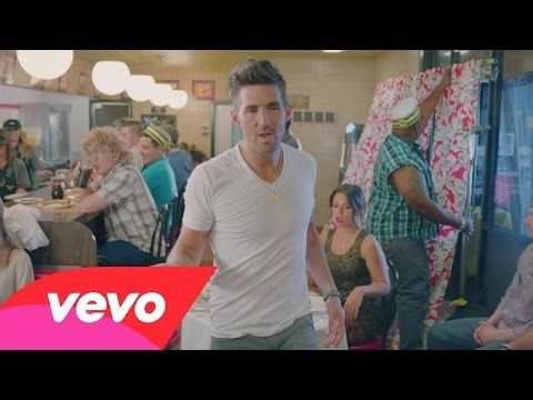 "EXCLUSIVE Behind-The-Scenes Footage of Jake Owen's ""Real Life"" Video Shoot! 