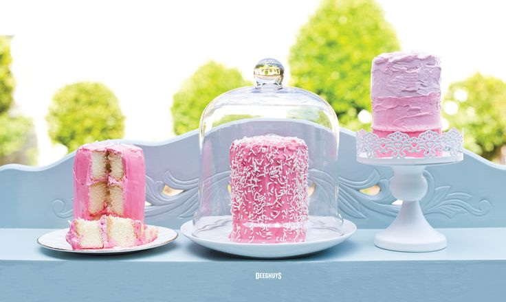 Three Tiered Cakelets made with Deeghuys Sponge Cake. So Cute!