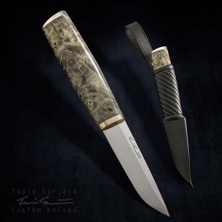 Handmade puukko-knives. Bladesmith Tapio Syrjälä ; Käsintehdyt puukot ja veitset. Puukkoseppä Tapio Syrjälä