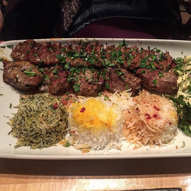 2016 Persian dish with a minced and diced lamb kebab and three types of rice in London Simurgh Restaurant بزن