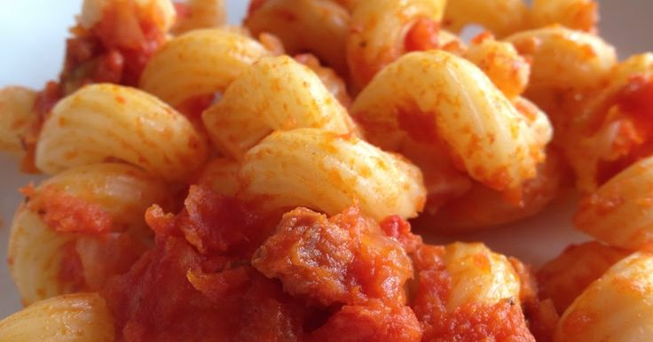 FEISTY TAPAS: Recipe: Chorizo pasta - A classic, now with the Thermomix too