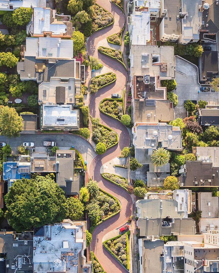 Lombard St. - World's Crookedest Street, San Francisco by San Francisco Feelings