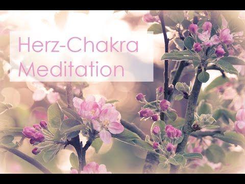 Das Herz-Chakra nimmt innerhalb des Chakra-Systems eine besondere Stellung ein. Es grenzt die unteren drei Chakren (Wurzel-, Sakral- und Solarplexus-Chakra) ...