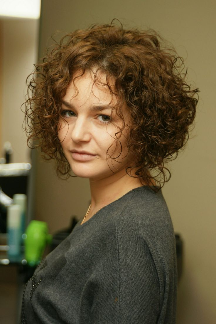 short perm hair styles 136 best images about hair on curly perm for 6353 | 16ac4ba49b726ce38a491b20a4b137d9