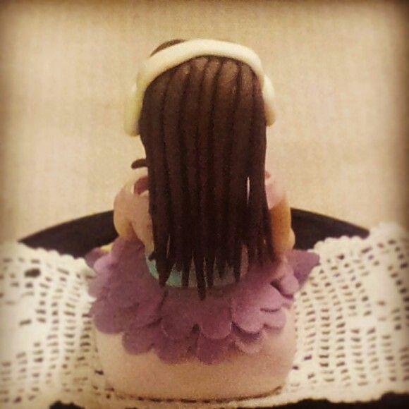 Violetta's doll in sugar paste: back