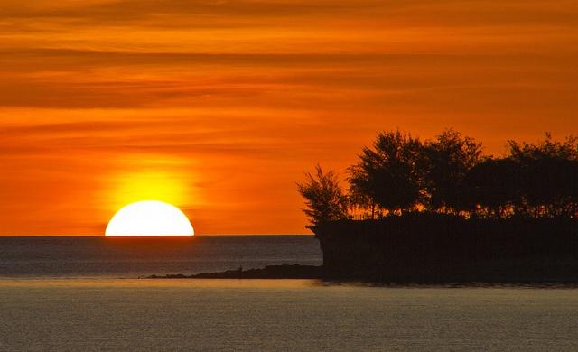 Sunset in paradise. Fannie Bay, Darwin, Australia.