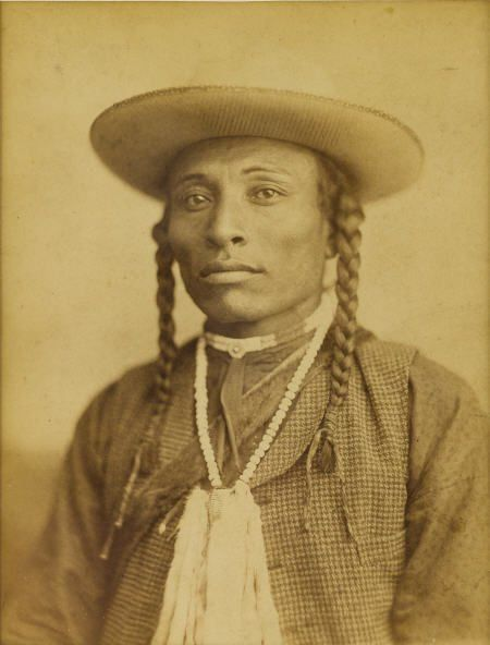 North America: Biracial Black Indians (Afro-Amerindians) Sioux, Dakota http://anthrocivitas.net/forum/showthread.php?p=143958