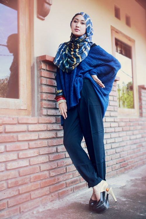 http://abayatrade.com muslim fashion magazine  Wrapped | Dian Pelangi