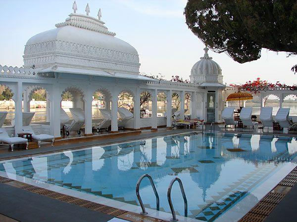 Udaipur, Lake Palace Hotel swimming pool, Rajasthan, India