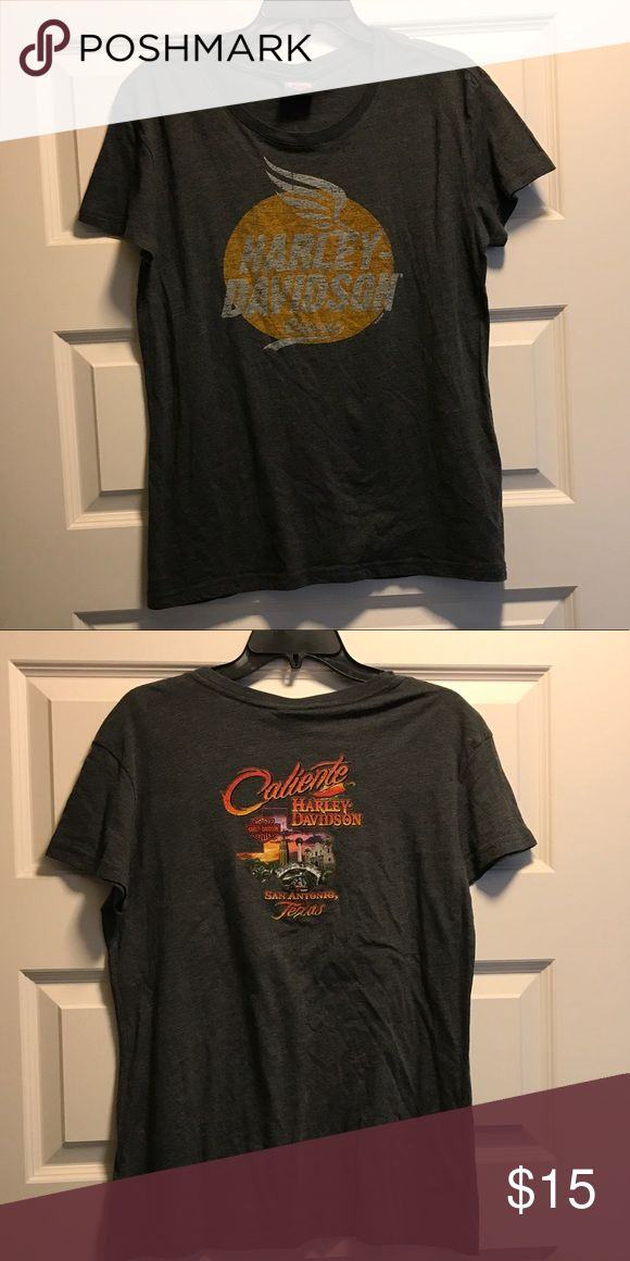 Harley Davidson Fitted Tee Super soft Harley Davidson fitted women's tee. Vintage looking logo on front. San Antonio TX Caliente Harley Davidson store logo on back. Size XL. Worn once. Excellent condition. Harley-Davidson Tops Tees - Short Sleeve