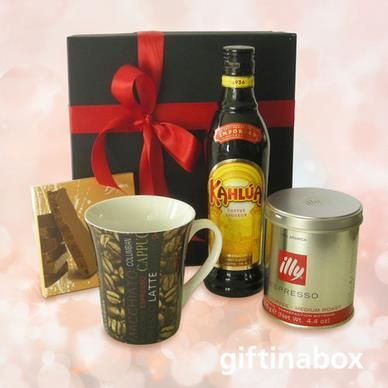 KAHLUA COFFEE COMBO For the coffee lover with a little bit of extra. All beautifully gift wrapped in a stylish box with ribbons and bows.   80g Espresso coffee chocolate slab 125g Illy espresso coffee Coffee mug 375ml bottle Kahlua coffee liquer