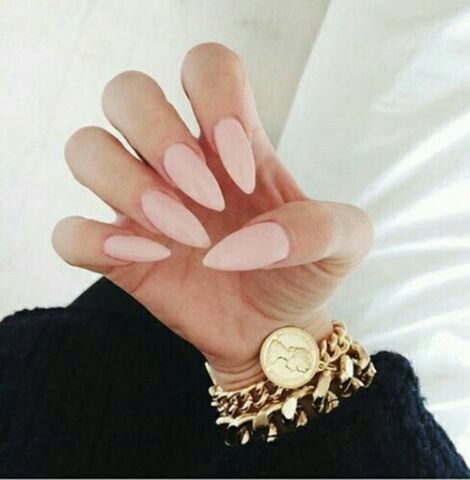 1000 id es sur le th me ongles de forme d 39 amande sur pinterest ongles en amande ongles et - Forme d ongle ...