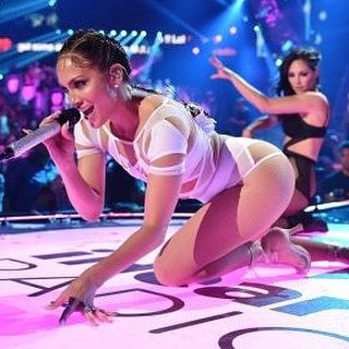 ICYMI: Watch Jennifer Lopez show off her legendary booty at a music festival performance - video link in our bio @Playboy