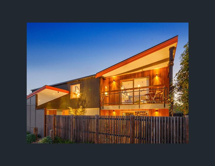 Property data for 12 Wellington Street, Geelong West, Vic 3218. View sold price history for this house and research neighbouring property values in Geelong West, Vic 3218