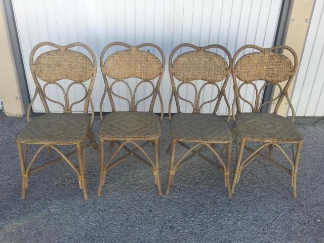 Französische Vintage Rattan Stühle, 4er Set bei Pamono kaufen
