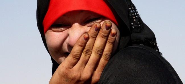 """PERCORSI FEMMINILI NELL'ITALIA DELL'ACCOGLIENZA di F. Cimino """"Sebbene la percentuale di donne rifugiate presenti in Italia sia inferiore rispetto a quella degli uomini (circa il 10% del totale nell'ultimo trimestre del 2011), ciò non toglie che questa percentuale nasconda un valore assoluto ben preciso di donne che fuggono dal loro paese, con problematiche molto differenti da quelle degli uomini."""" http://www.lavoroculturale.org/spip.php?article215"""
