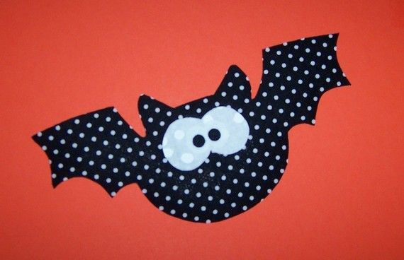 Fabric Applique TEMPLATE ONLY Flying Bat by etsykim on Etsy