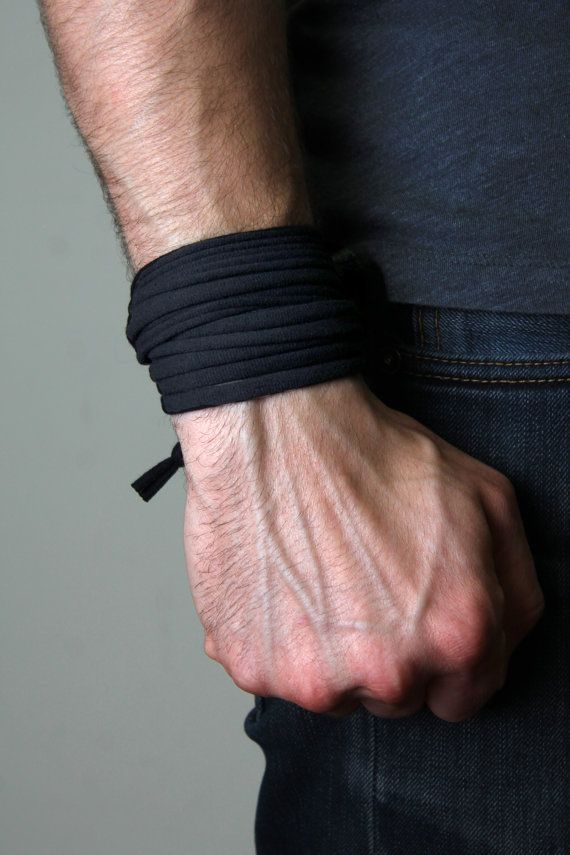 Black Mens Bracelet / Groomsmen Gift Idea Groom Best Man / Gift for Him / Dad Gift / Minimalist / Unisex