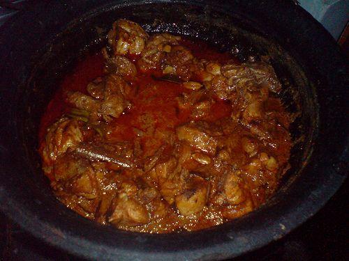Feeling adventurous? Try Sri Lankan Chicken Curry tonight
