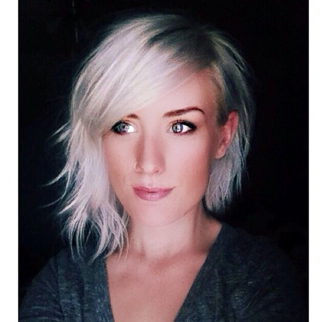 Asymmetrical tucked platinum bob
