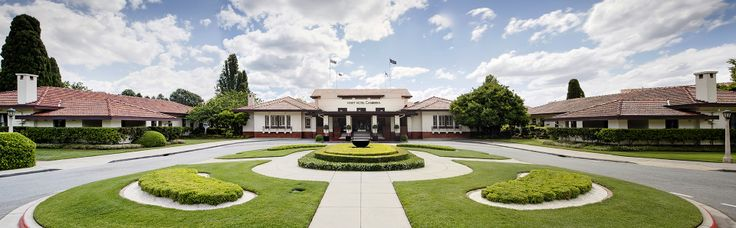 Hyatt Hotel Canberra was opened on December 10th, 1924 as Hotel Canberra.  A sense of history echoes through the building, born of a tradition of serving prime ministers, power brokers, industry leaders and visiting heads of state.