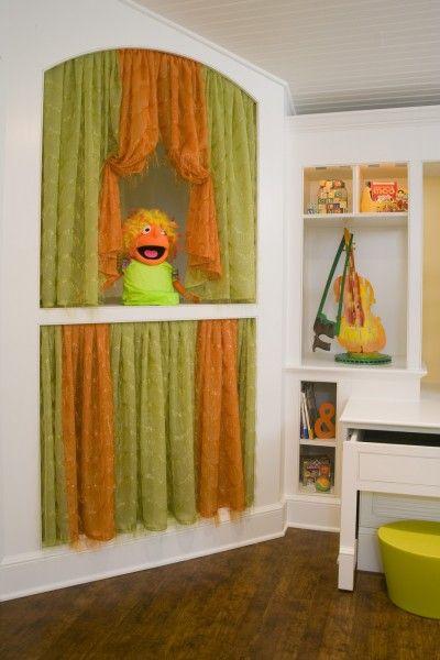 Kids Craft Room Puppet Show