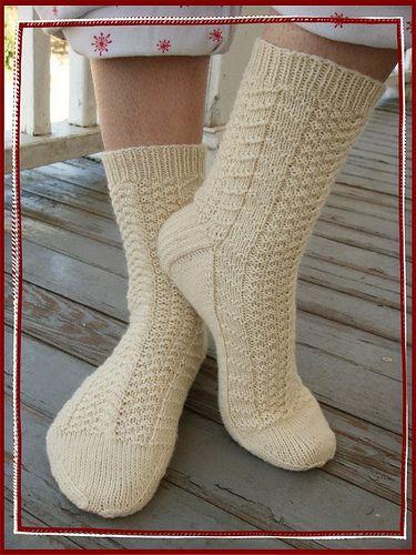 olympic socks 029 by gray la gran, via Flickr  Green Apple Newtons; free pattern