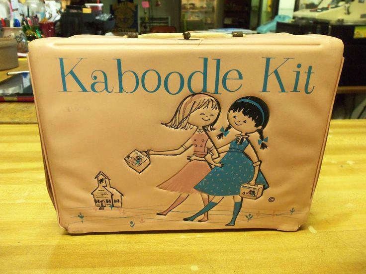 ponytail kaboodle vinyle aladdin lunch box 1960's