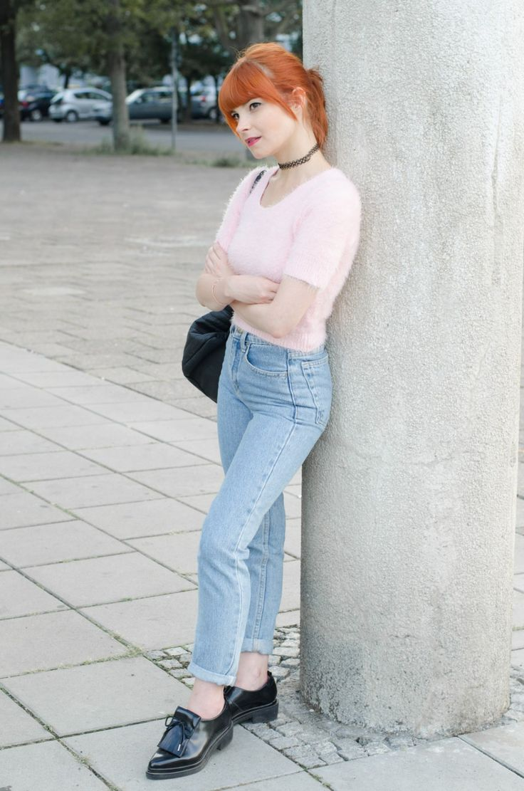90's Look: American Apparel pink fluffy sweater + high waist jeans + tattoo choker | WHAT PIXIES WEAR – Fashion Blog