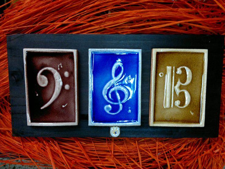 Piezas cerámicas para escuelas de musica.