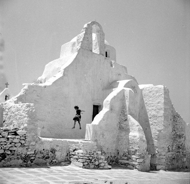 Mykonos. Photo by Zacharias Stellas. Benaki Museum Photographic Archive