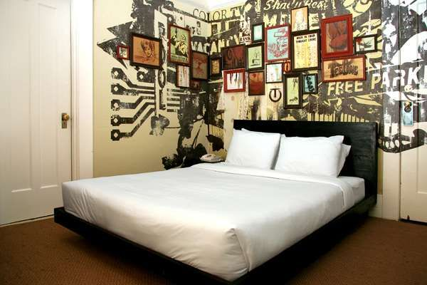 80 best street art interiors images on pinterest for Hotel room wall decor