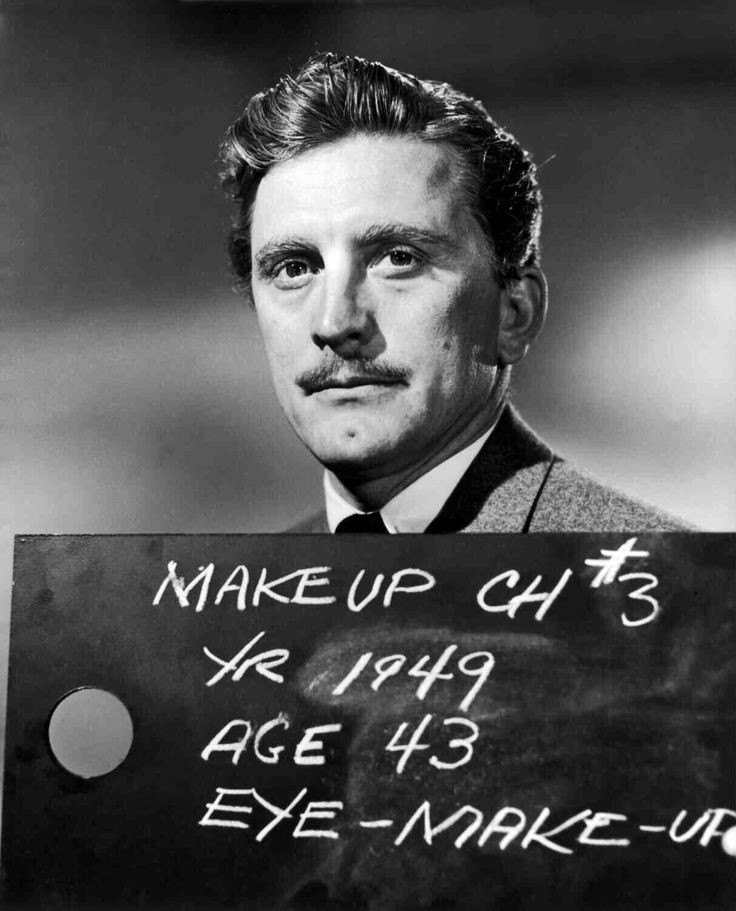 Check out this image from TCM.   Medium shot of Kirk Douglas as Jonathan Shields during makeup test.