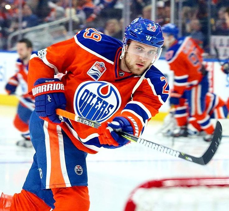 """Edmonton Oilers News/Updates (@edmonton.oil) on Instagram: """"With two assists last night, Leon Draisaitl now has 7 points in his last 3 games played. :…"""""""