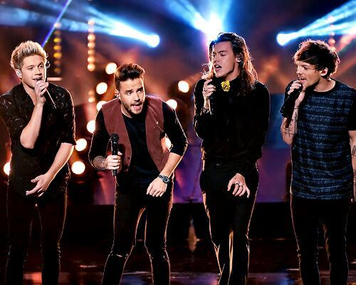 ONE DIRECTION❤️.
