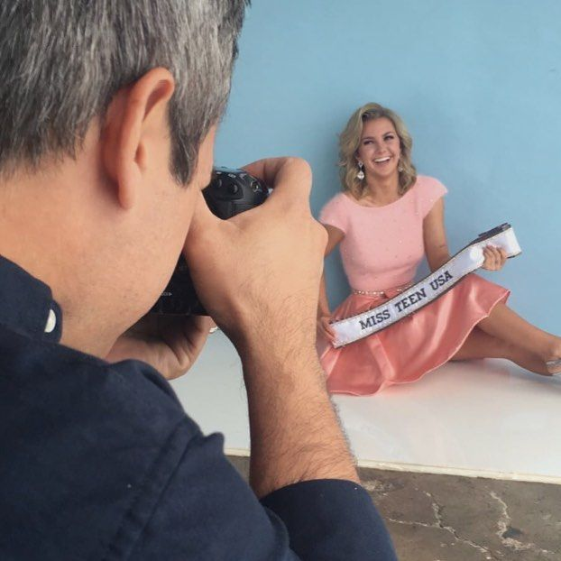 I just adores this sweet girl @missteenusa photo shoot with @selectstudios #makeupbyme #hair by @realericvaughn