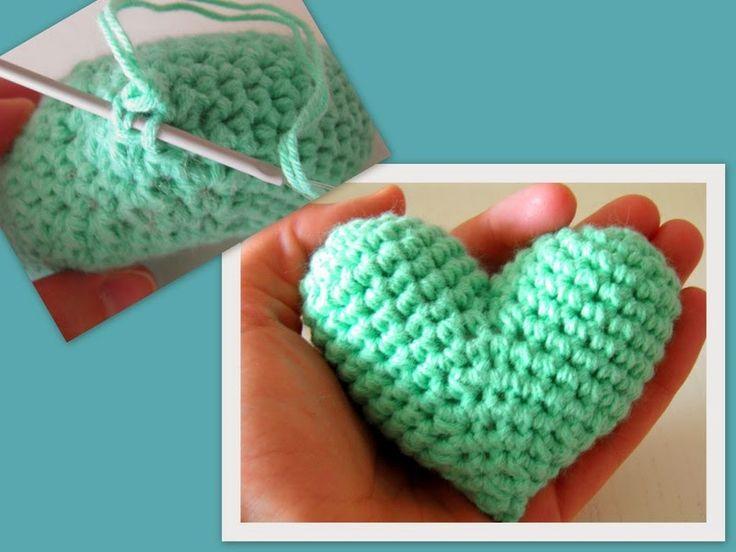 Hace ya bastante tiempo, estuve buscando por la red algún patrón de corazón de amigurumi pero no me gustaba cómo quedaban así que hice el mí...
